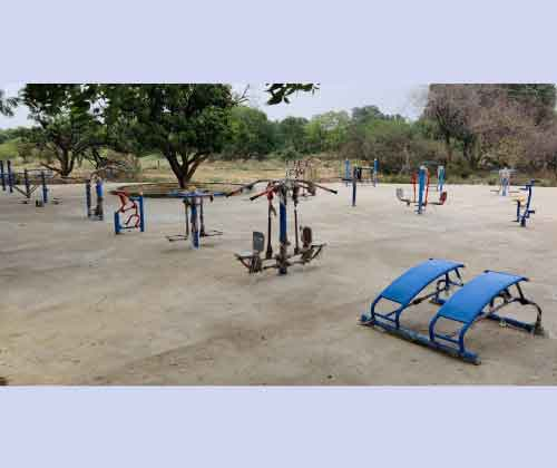 Open Gym Equipment